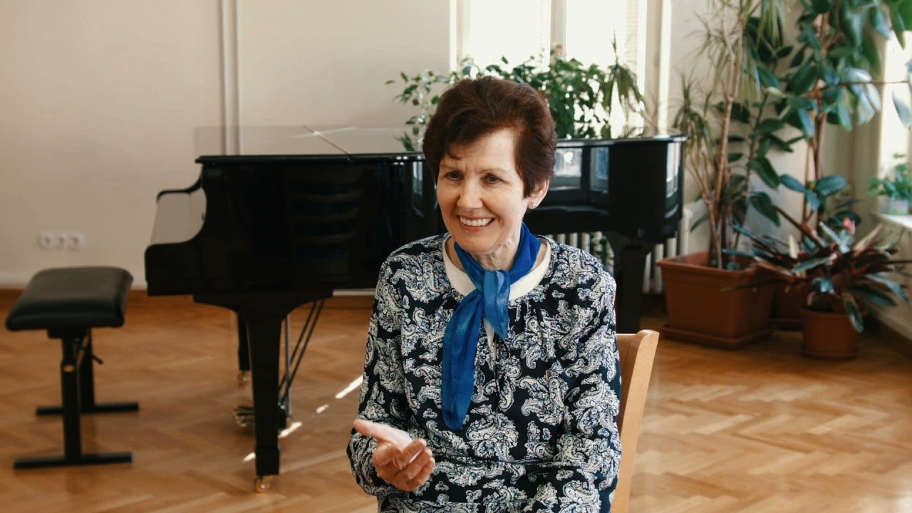 Maria Linnemann Interview and Concert